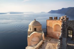 santorini top holiday destinations